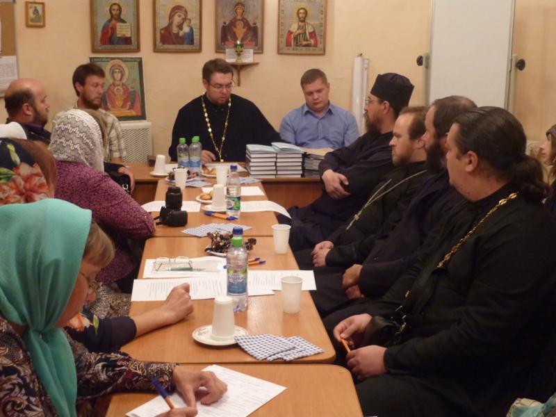 Встреча-семинар в Лужском благочинии